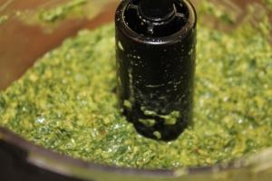 Pesto Blending