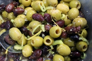 Dressed Up Olives 006 (1024x683)